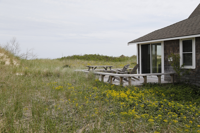 Linger Longer by the Sea Beachfront Vacation Cottage Rentals